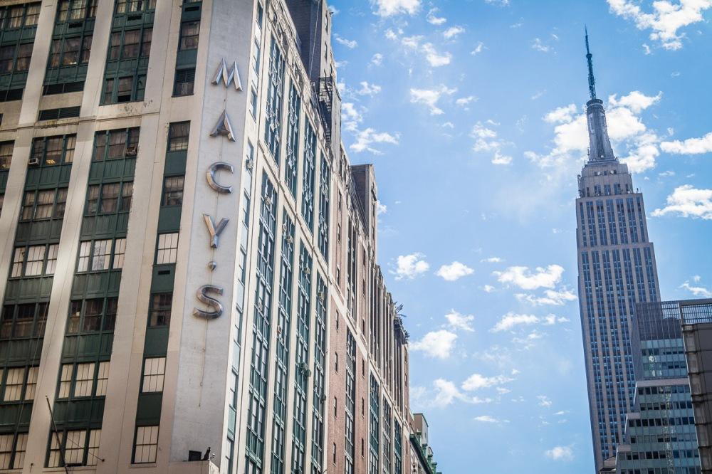 12 10 01 NYC Street scenes-1