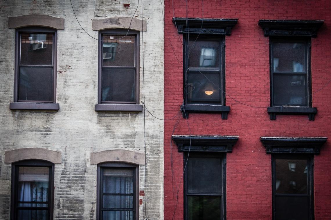 12 10 01 NYC Street scenes-7