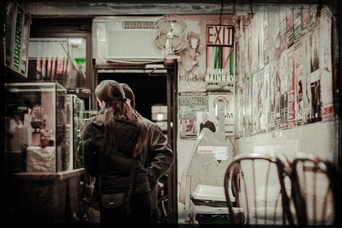 12 10 01 NYC Street scenes-9