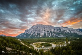 Banff-Lake Minnewanka scenic drive sunset-3