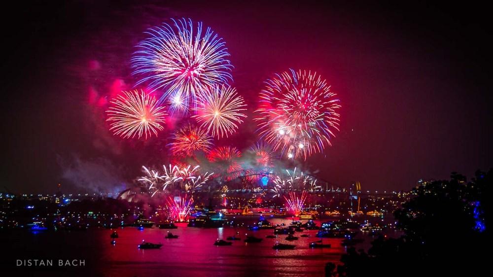 distanbach-2015 Sydney NYE Fireworks-1