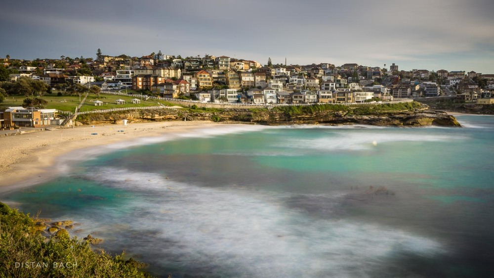 Bronte at high tide
