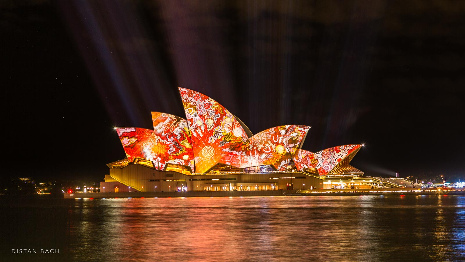 Vivid Light Festival Sydney Opera House Distan Bach