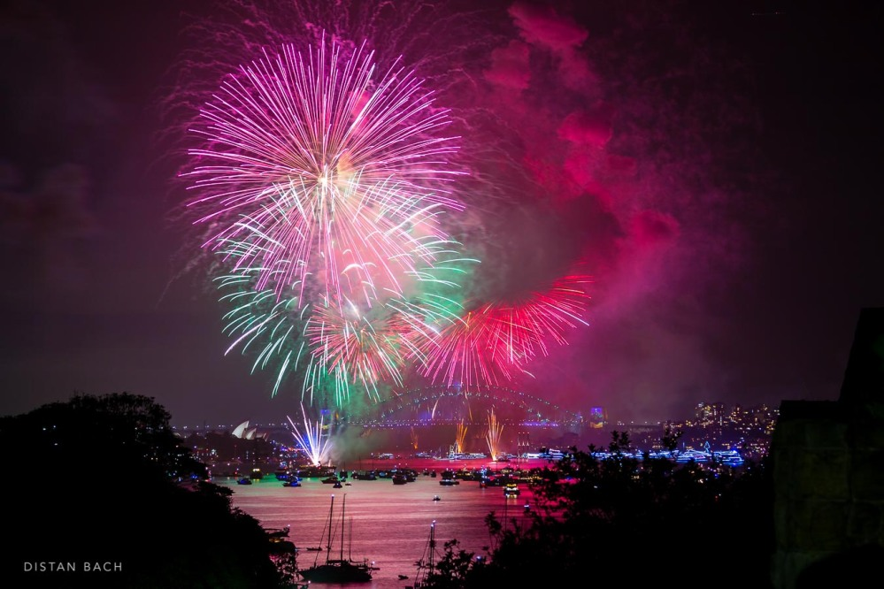 distanbach-2017-sydney-nye-fireworks-1