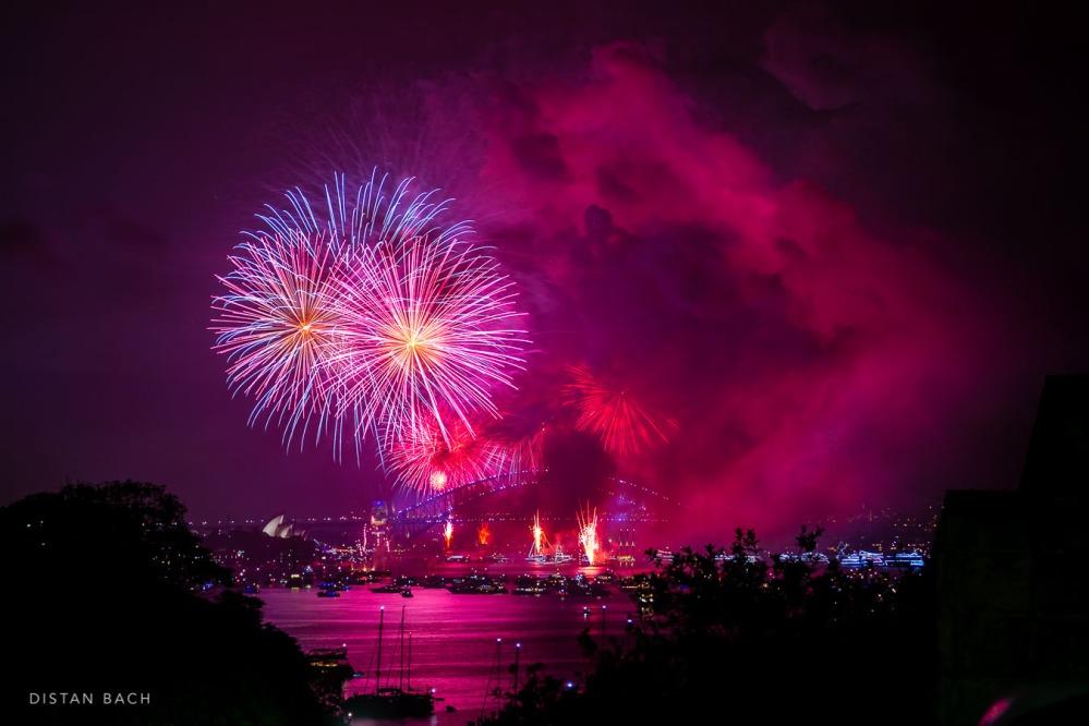 distanbach-2017-sydney-nye-fireworks-4